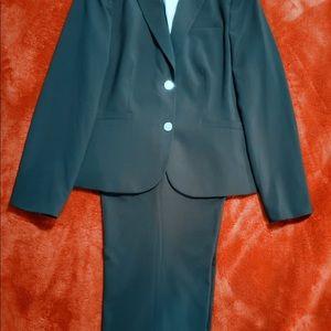 | Calvin Klein | Navy Classic 2 Piece Pants Suit |